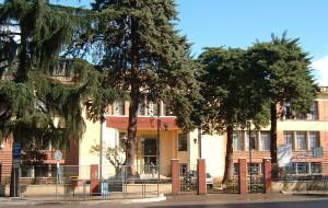 1 a ingresso principale-scuola